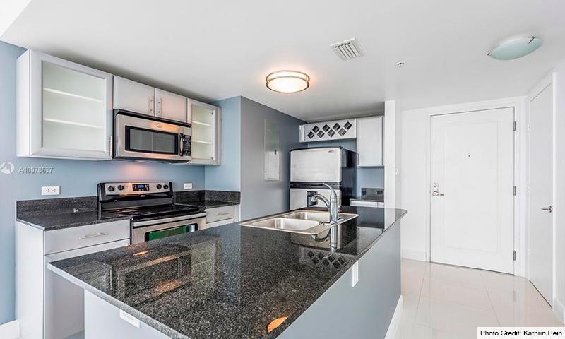 08-Terrazas-Miami-2021-Residence