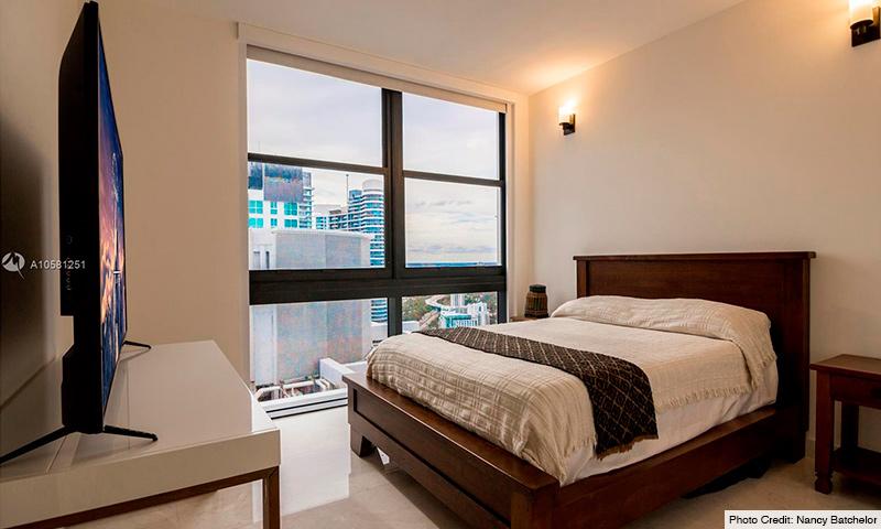 09-1010-Brickell-2021-Residence
