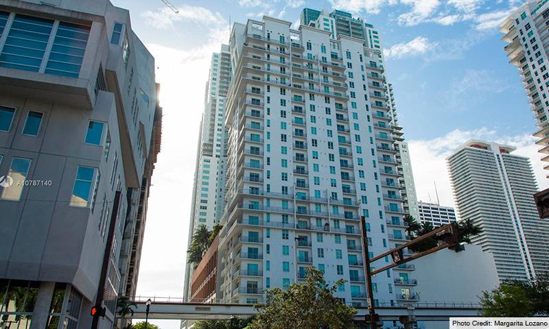 02-Loft-Downtown-I-2021-Building