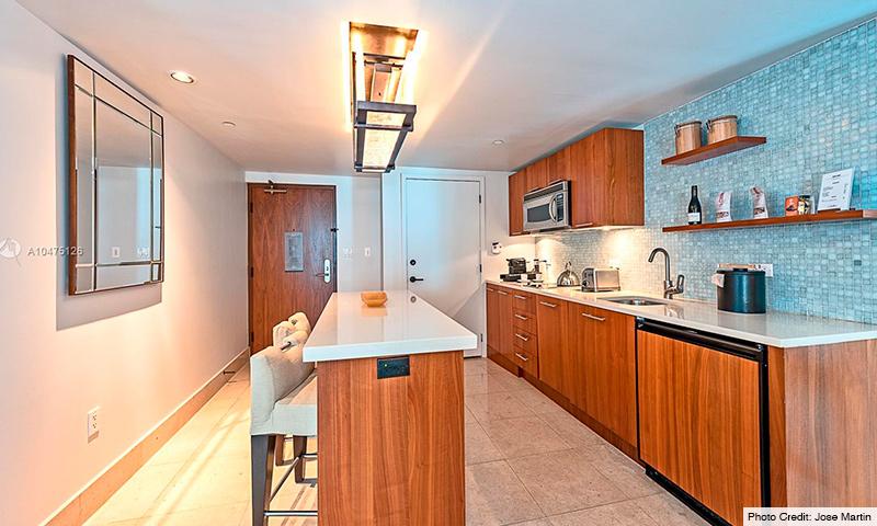 08-Carillion-Miami-Beach-2021-Residence