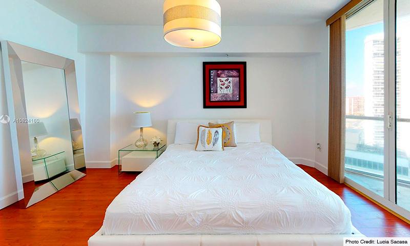 09-La-Perla-2021-Residence