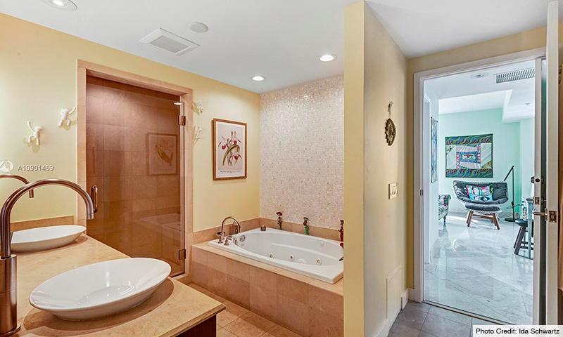 10-Mosaic-Miami-Beach-2021-Residence
