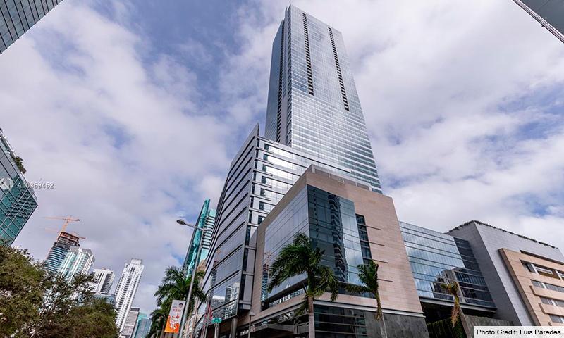 02-Four-Seasons-Brickell-2021-Building
