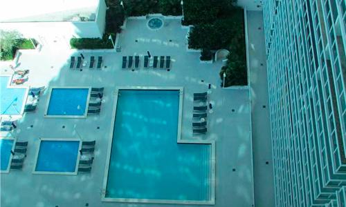 1800-Club-Pool