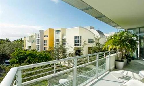Aqua-Balcony