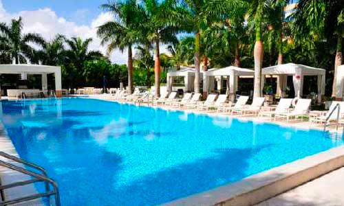 Grovenor-House-Pool