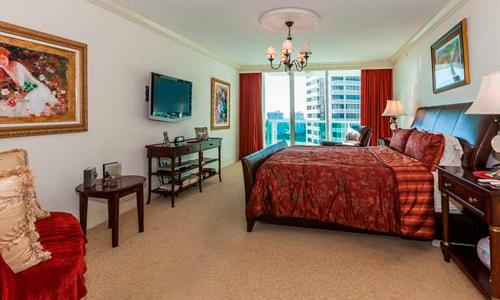 Hamptons-South-Bedroom