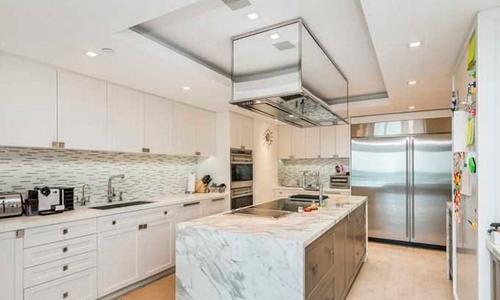 Hamptons-South-Kitchen