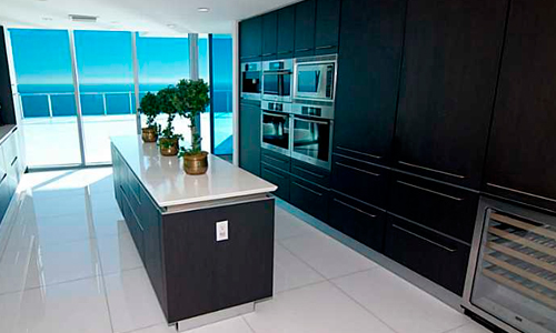 Jade-Beach-Kitchen-1