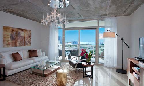 MidBlock-Livingroom