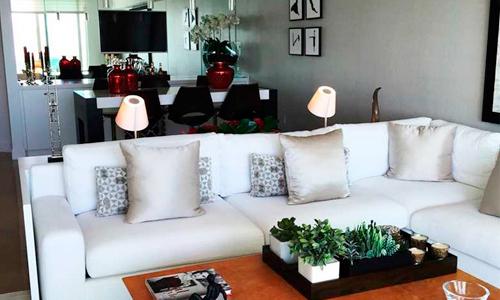 Peninsula-II-Living-Room