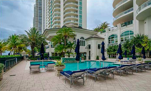 Turnberry-Ocean-Colony-Pool