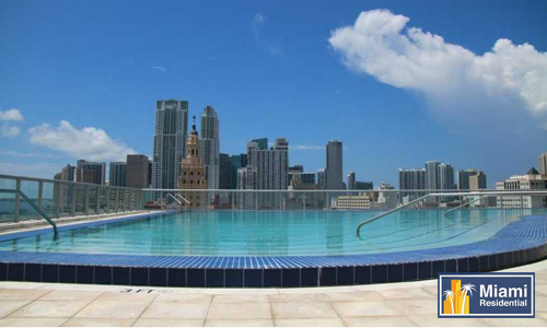 Marina-blue_Downtown_Sky-pool