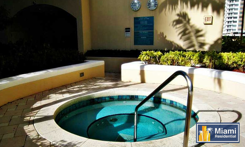 One-Tequesta-Point_Hot-tub