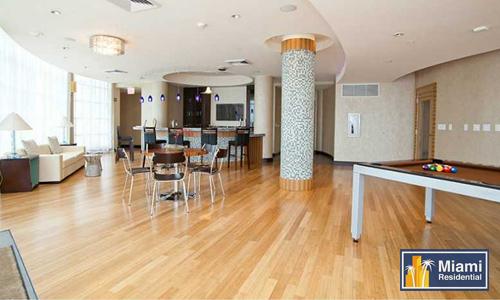 Vizcayne_Downtown_Billiards-room