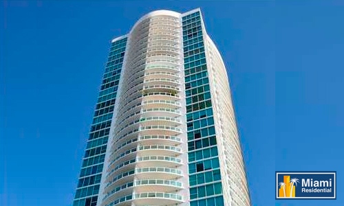 Skyline-Brickell-Building-2