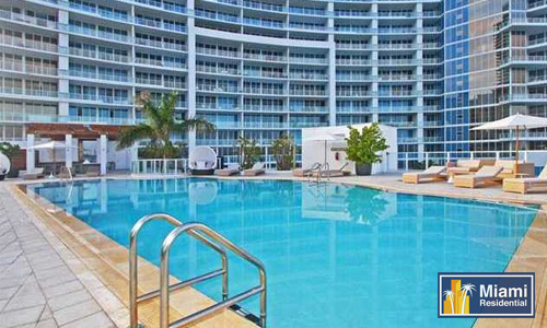 Paramount-Bay_Midtown_Pool