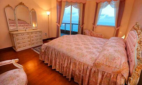 Acqualina-Bedroom-1