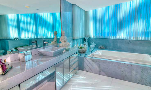Jade-Beach-Bathroom