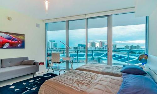 Jade-Beach-Bedroom-1