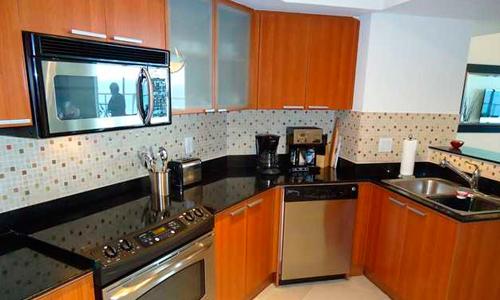 La-Perla-Kitchen