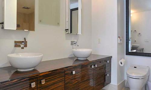 Mei-Bathroom