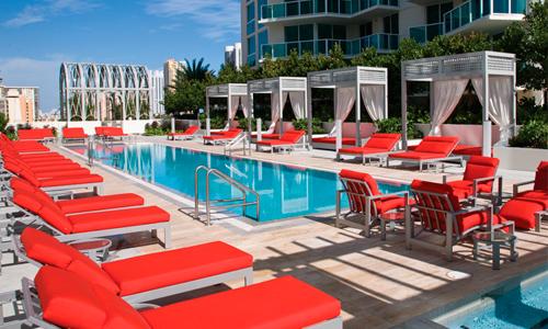 St-Tropez-Pool