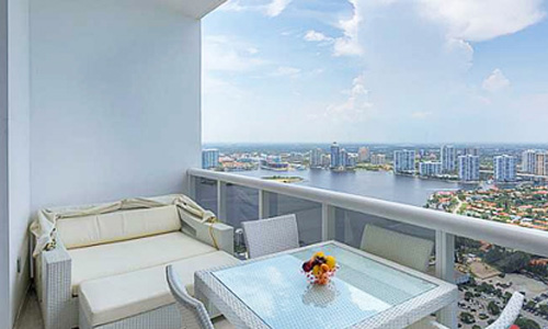 Trump_Palace_SunnyIsles_City_view