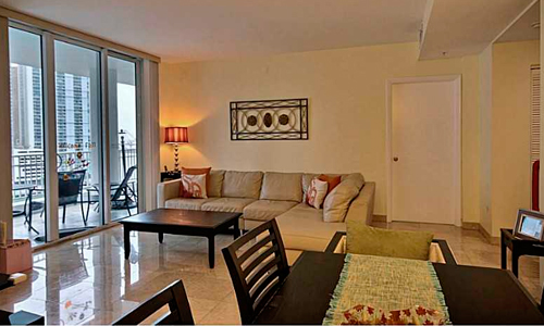 05-Courts-at-Brickell-Key-Living-Room