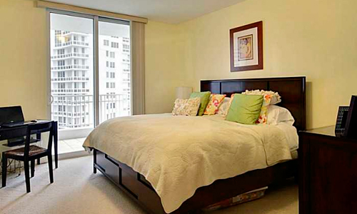 07-Courts-at-Brickell-Key-Bedroom