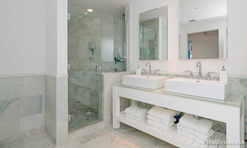 10-1060-Brickell-Bathroom