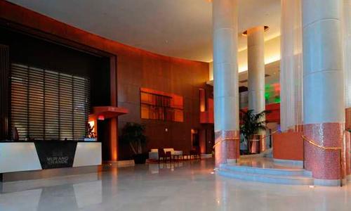 Murano-Grande-Lobby