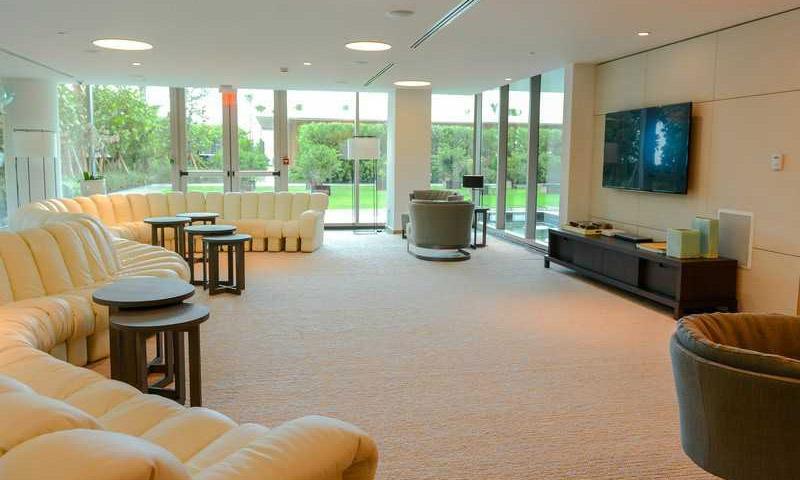 Oceana-key-biscayne-lounge