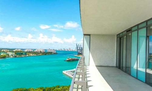 apogee-south-beach-balcony