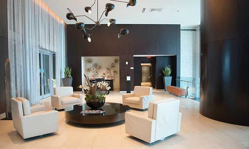 900-lobby