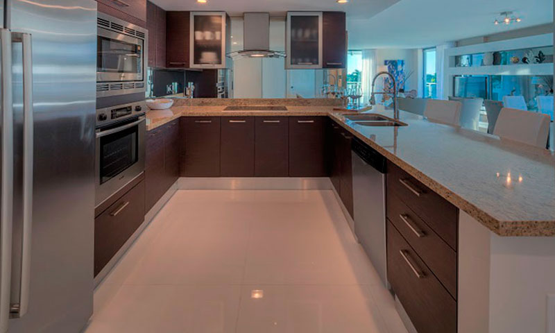 Riva-Bay-Harbour-Kitchen
