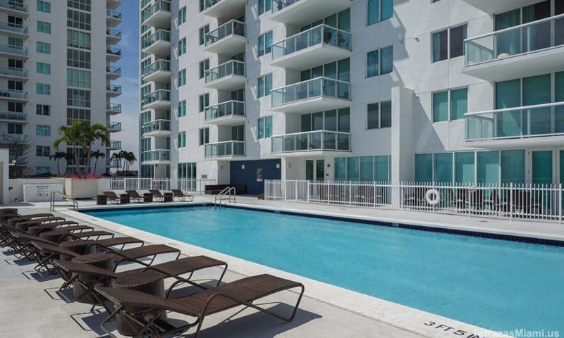 terrazas-miami-pool