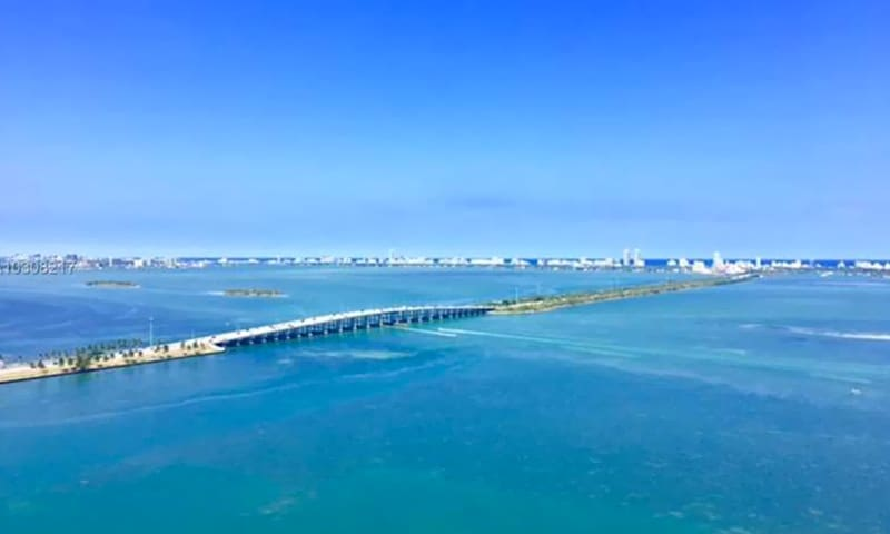 06-Biscayne-Beach-View-3