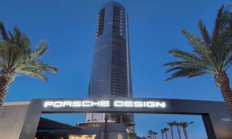 01-Porsche-Design-Tower