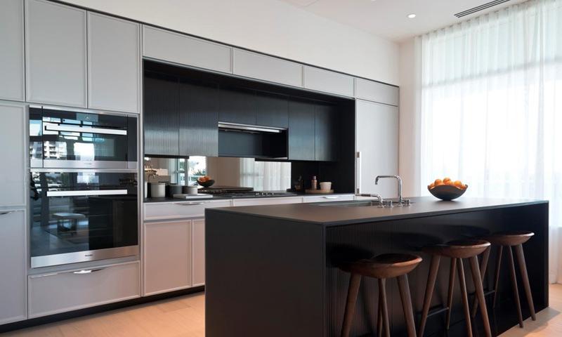 14-300-Collins-Kitchen