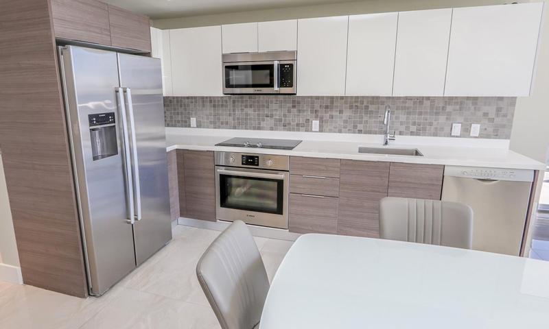 16-Brickell-Ten-Kitchen