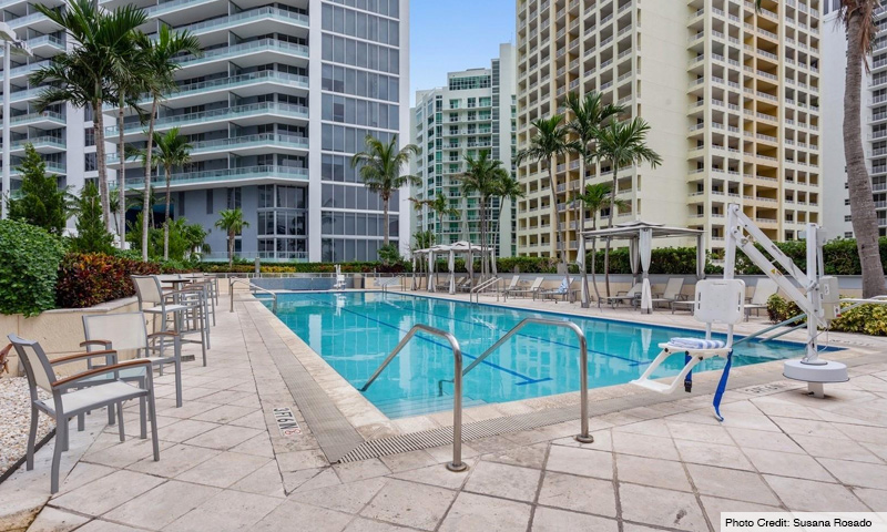 08-Brickell-Arch-Pool