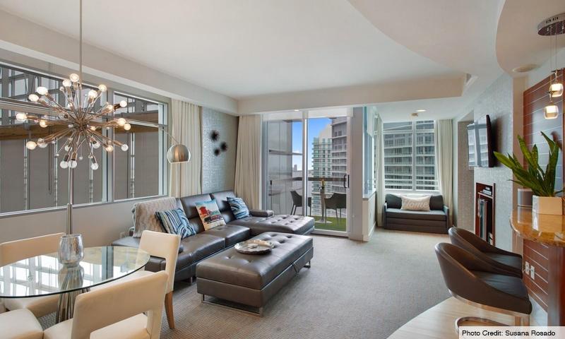 10-Brickell-Arch-Living-Room