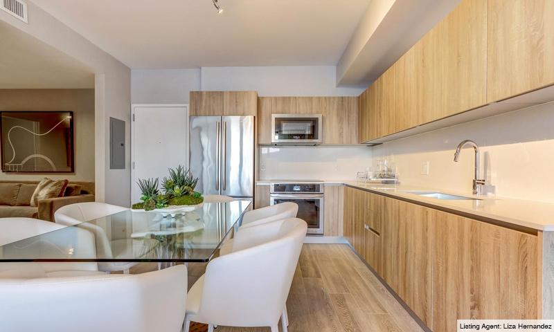 13-Aventura-Park-Square-Kitchen-2019