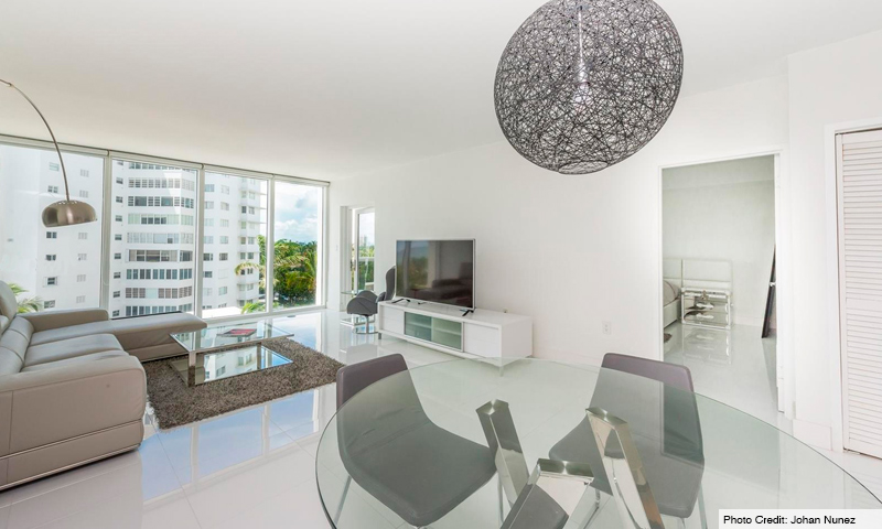 13-Harbour-House-Living-Room-2019