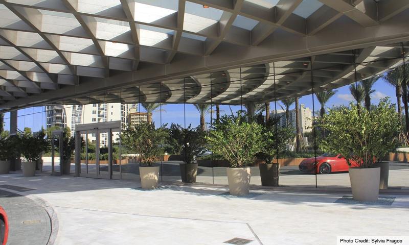 04-Armani-Residences-2020-Entrance