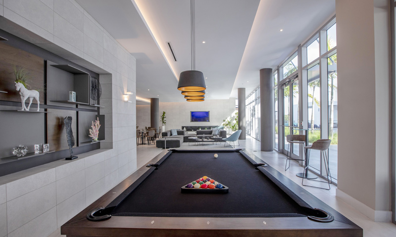 12-Quadro-Poolside-Lounge