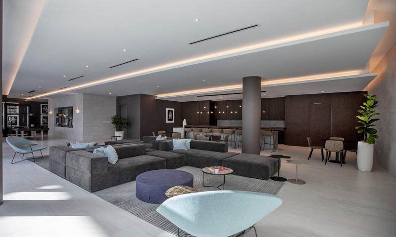 14-Quadro-Poolside-Lounge