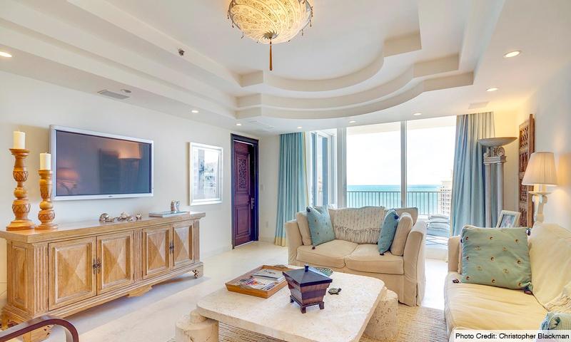 06-Ocean-Club-Club-Tower-III-Living-Room