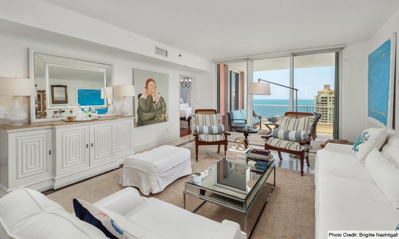 07-Ocean-Club-Club-Tower-III-Living-Room